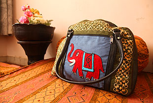 Kashmeri Bag 1